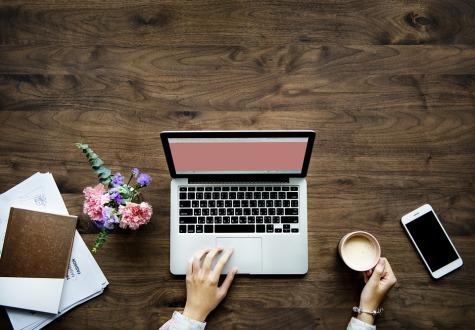 tecnologicamenteimperfecta, bienvenida, ordenador, rosa, blanco,